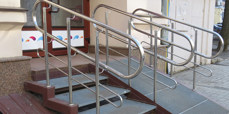 all ramps must be equipped with handrails on both sides